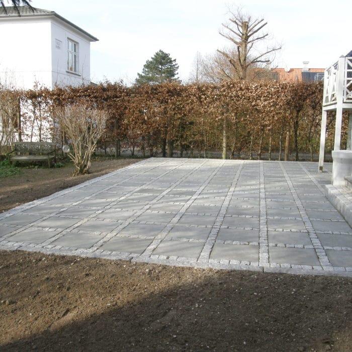 K. Nyholm - Ny terrasse